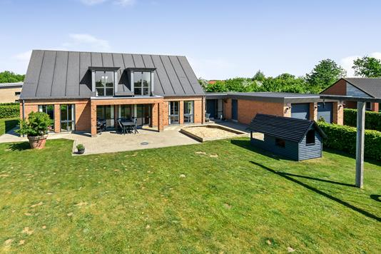 Villa på Thetisvej i Randers SØ - Ejendommen