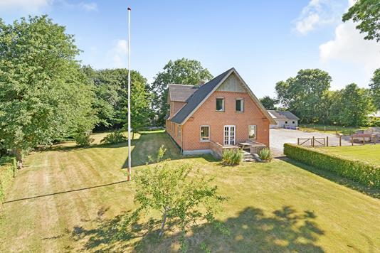 Villa på Udbyhøjvej i Gjerlev J - Ejendommen
