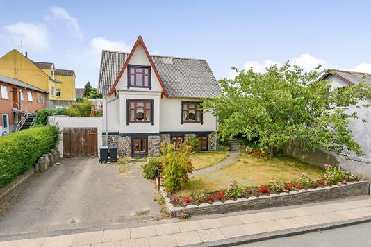 Villa på Aalborggade i Randers SV - Ejendommen