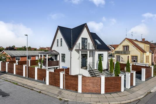 Villa på Gl. Hadsundvej i Randers C - Ejendommen