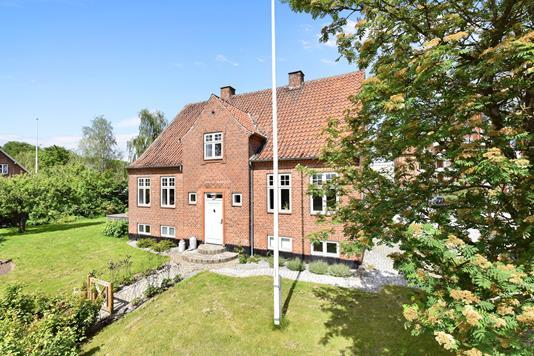 Villa på Fabersvej i Randers C - Ejendommen
