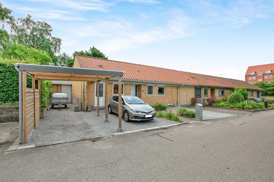 Rækkehus på Århusvej i Randers SØ - Ejendommen
