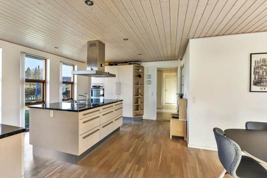 Villa på Kløvervangen i Randers NV - Køkken