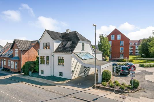 Villa på Bøsbrovej i Randers SV - Ejendommen