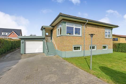 Villa på Hejmdalsvej i Randers NV - Ejendommen