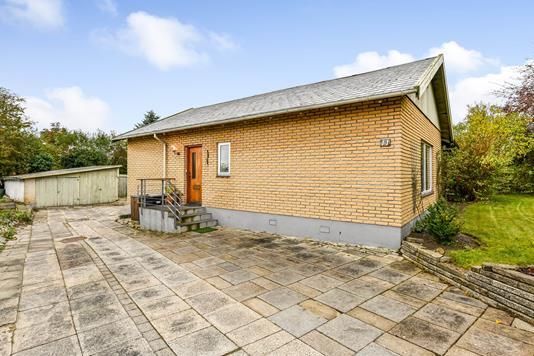 Villa på Nørresundbyvej i Randers SV - Ejendommen