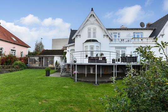 Villa på Højtoftegade i Randers SV - Ejendommen