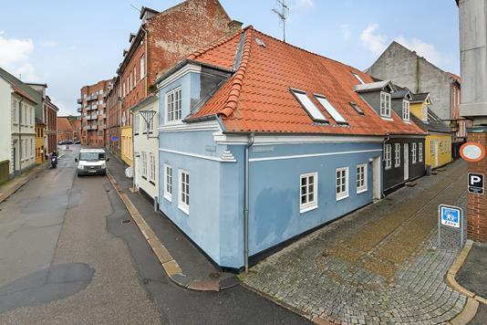 Rækkehus på Lille Kirkestræde i Randers C - Ejendommen