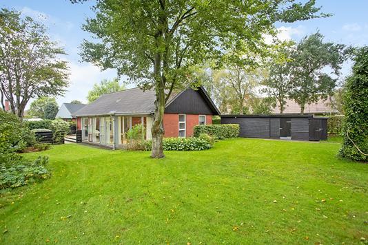 Villa på Spurvevej i Janderup Vestj - Have