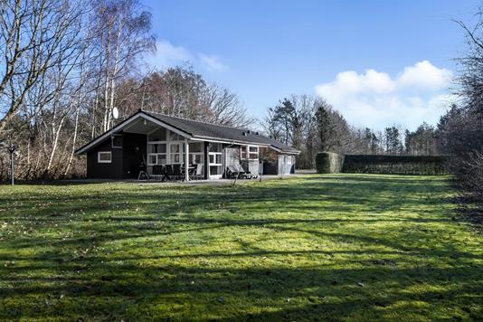 Fritidsbolig på Blåbærvangen i Oksbøl - Have