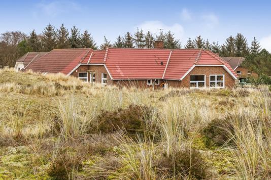 Villa på Degnevangen i Blåvand - Ejendommen