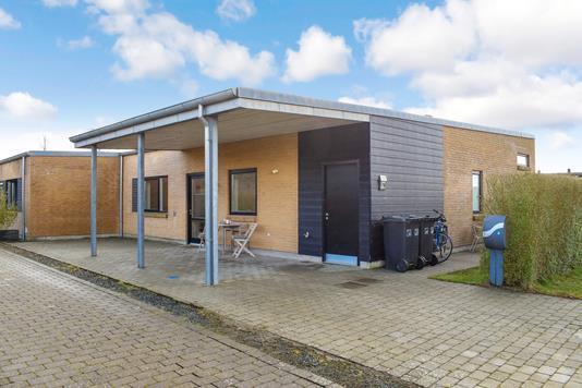 Villa på N P Danmarksvej i Hovedgård - Ejendommen