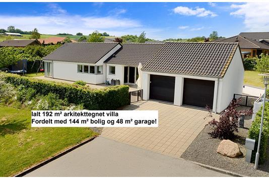 Villa på Bredmosevej i Skanderborg - Ejendommen