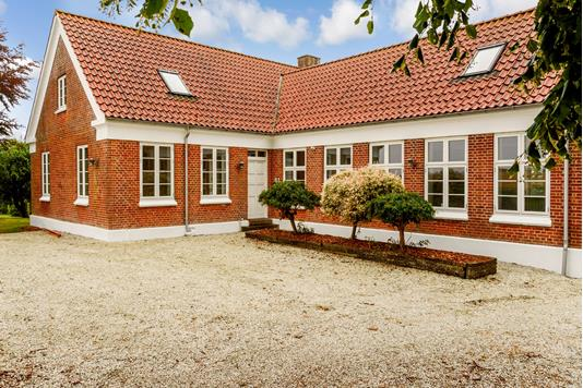 Villa på Låsbyvej i Skanderborg - Ejendommen