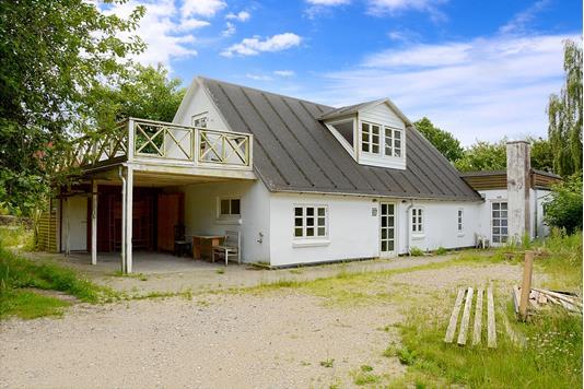 Villa på Ydinggade i Østbirk - Ejendommen