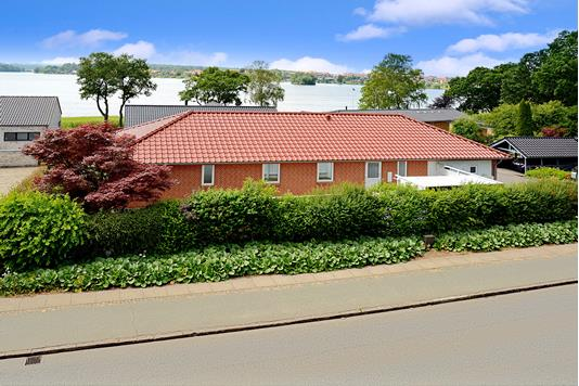 Villa på Enebærvænget i Skanderborg - Ejendommen