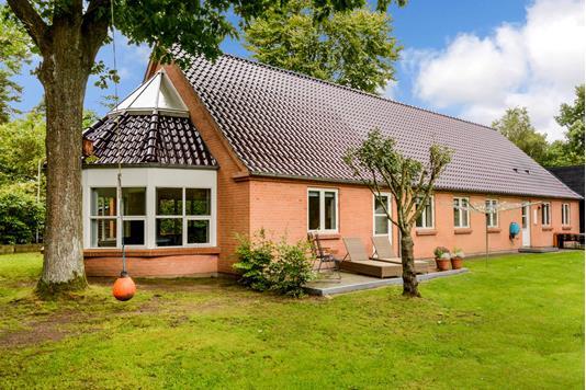 Villa på Skovvænget i Ry - Ejendommen