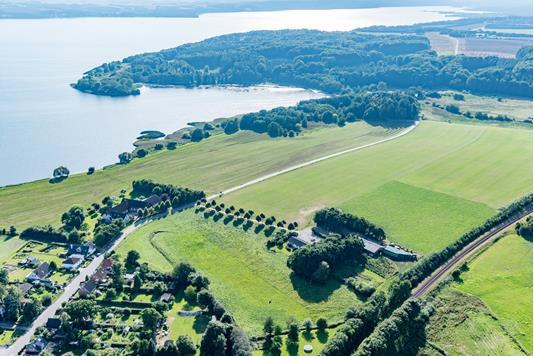 Landejendom på Emborgvej i Skanderborg - Luftfoto