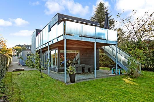 Villa på P B Lunds Vej i Skanderborg - Ejendommen