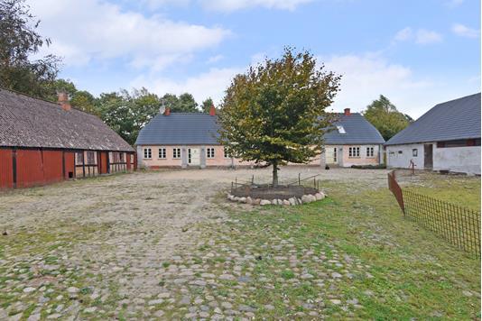 Landejendom på Bjedstrupvej i Skanderborg - Ejendommen
