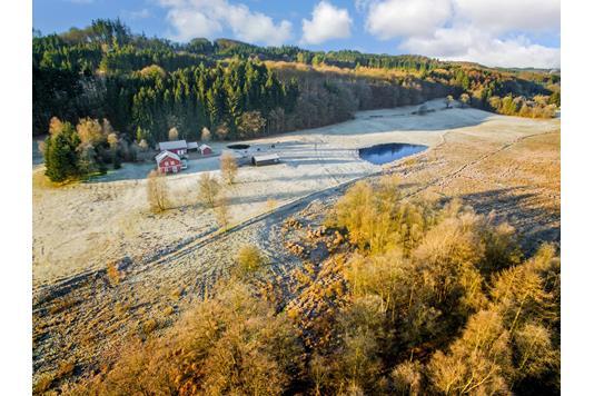Landejendom på Gudenåvej i Brædstrup - Luftfoto