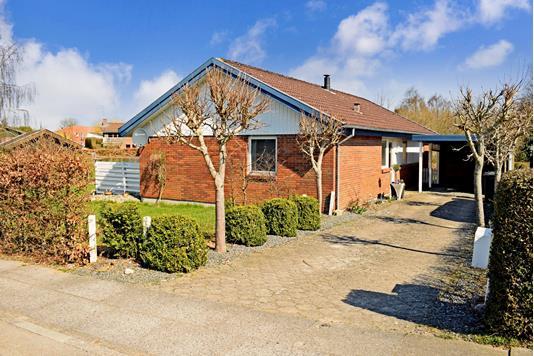Villa på Stenløkkeparken i Skanderborg - Ejendommen