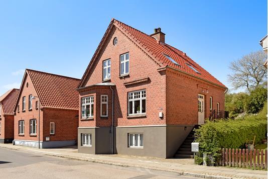 Villa på Egholmsvej i Skanderborg - Ejendommen