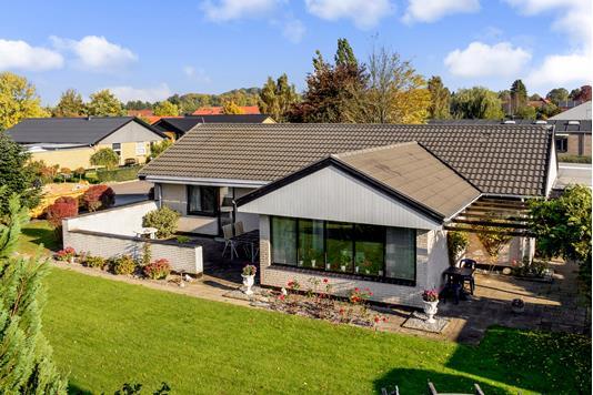 Villa på Holger Drachmanns Vej i Skanderborg - Ejendommen