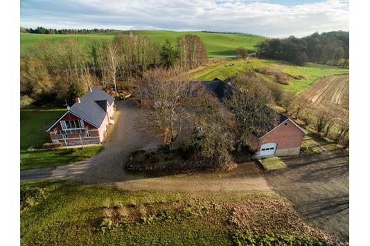 Landejendom på Oddervej i Skanderborg - Luftfoto