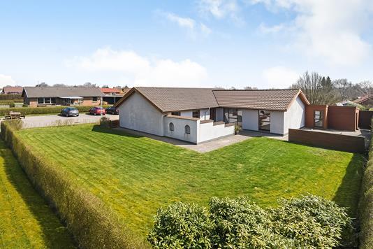 Villa på Jupitervænget i Esbjerg V - Have