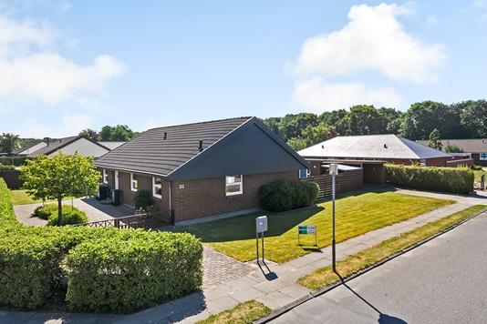 Villa på Umanakparken i Esbjerg N - Ejendommen