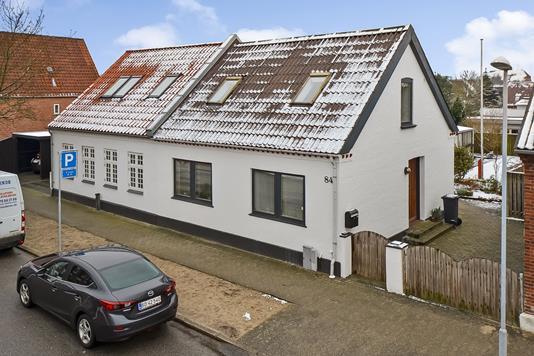 Villa på Lunde Alle i Esbjerg - Ejendommen