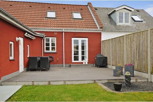 Villa på Nørrebrogade i Esbjerg - Ejendommen
