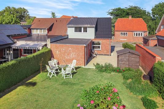 Villa på Skolebakken i Esbjerg Ø - Facade havesiden
