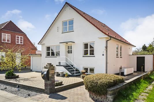 Villa på Pilevej i Esbjerg Ø - Ejendommen