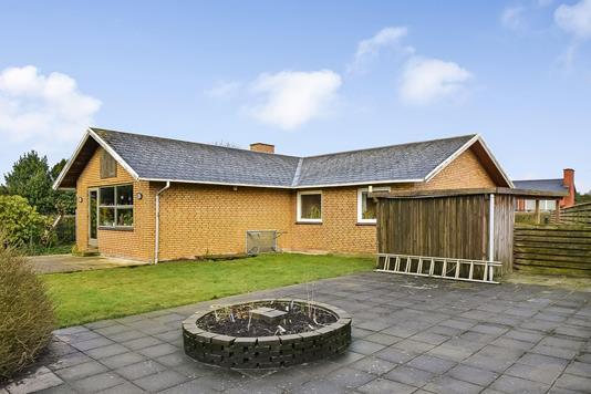 Villa på Gefions Alle i Esbjerg Ø - Ejendommen
