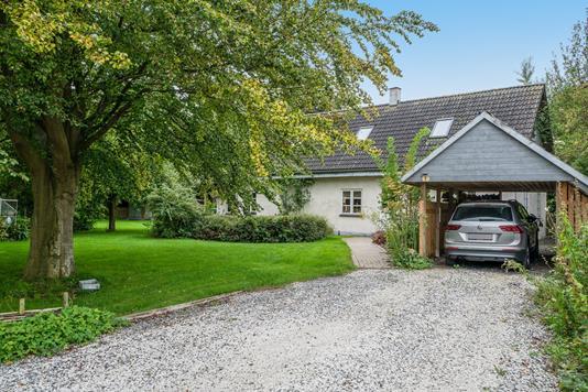 Villa på Bryggervej i Svinninge - Set fra vejen
