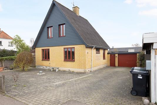 Villa på Byvej i Gislinge - Ejendommen