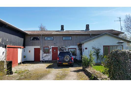 Villa på Kramnitsevej i Dannemare - Ejendommen