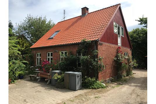 Villa på Bøgetvej i Horslunde - Facade