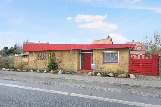 Villa på Løjtoftevej i Nakskov - Ejendommen