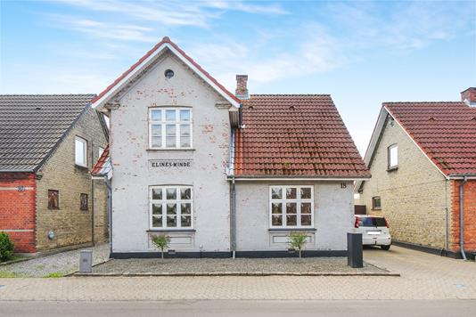 Villa på Heesvej i Nakskov - Ejendommen