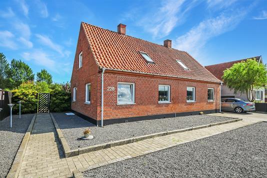 Villa på Vestre Landevej i Stokkemarke - Ejendom 1