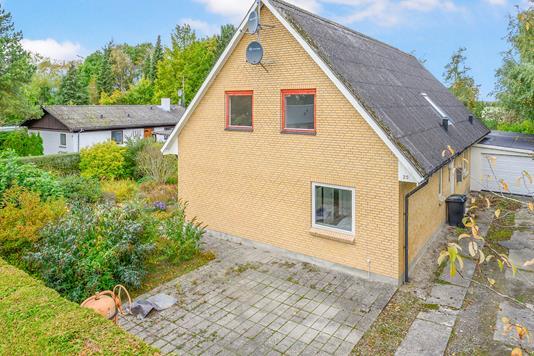Villa på Nylandsvej i Horslunde - Ejendommen