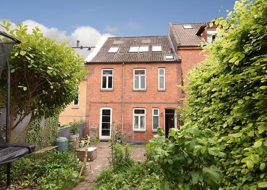 Villa på Hjortensgade i Aarhus C - Ejendommen