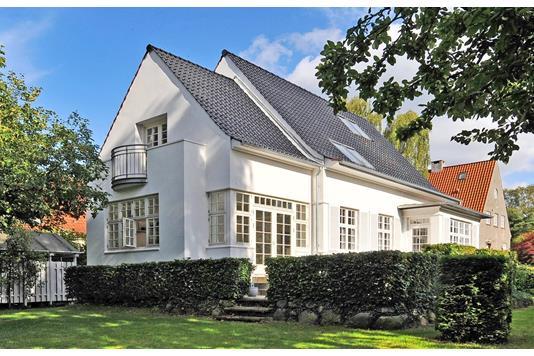 Villa på Rungstedvej i Aarhus C - Ejendommen