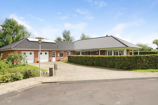 Villa på Rantzausvej i Aabenraa - Ejendommen