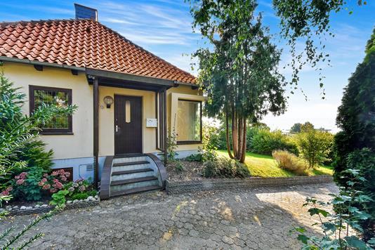Villa på Skovbakken i Kruså - Ejendommen
