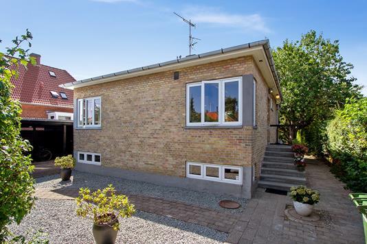 Villa på Jansvej i København S - Set fra haven