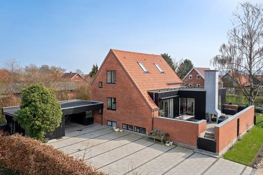 Villa på Kogtvedvej i Svendborg - Set fra vejen